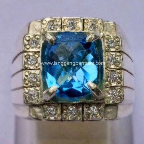 Cincin Batu Permata Blue Topaz