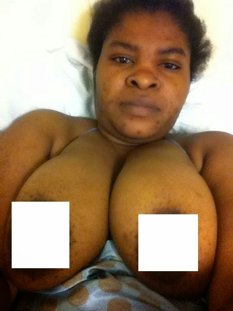 Naked Nigerian Mom
