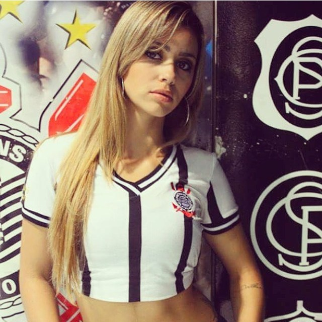 wives and girlfriends sport beauties football babes