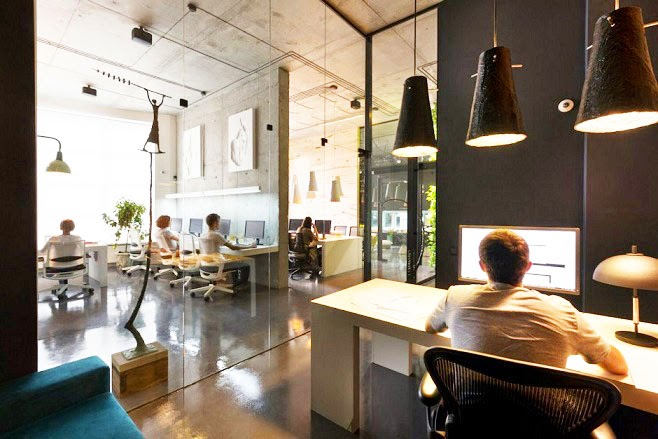 Oficina y showroom taller arquitectura sergey makhno for Arquitectura de oficinas