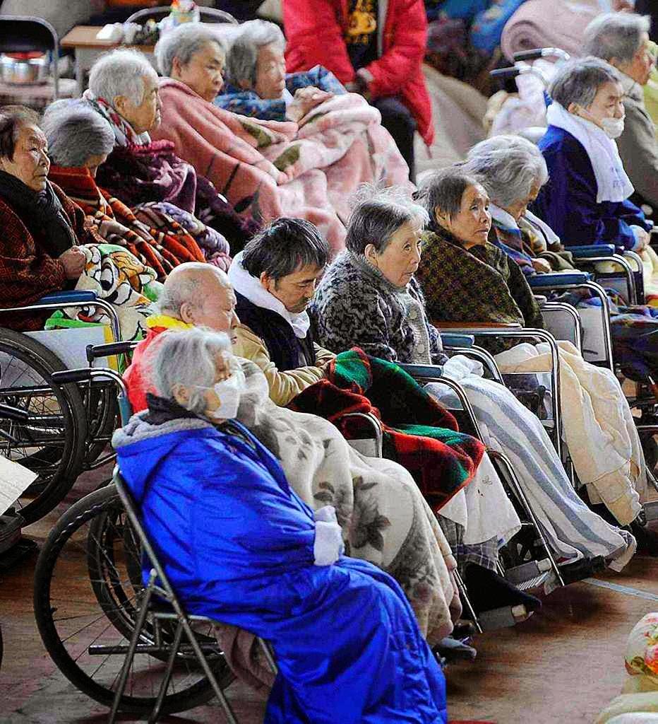 Reprime-se a natalidade e o país vira um enorme refúgio de velhos