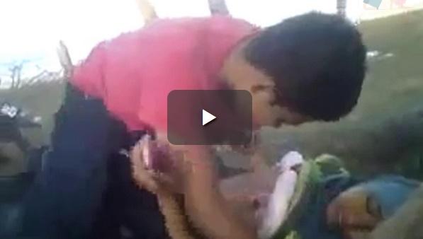Video ABG Jilbab Ketahuan Mesum Dengan Pacar Di