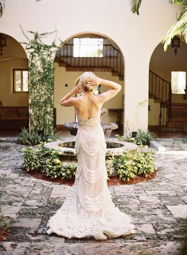 Abree fashion wedding fashion lazaro sparkle gown for How much is a lazaro wedding dress