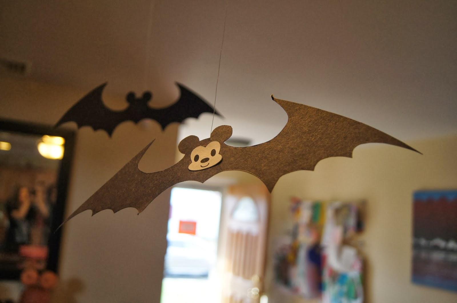 Mickey Bats