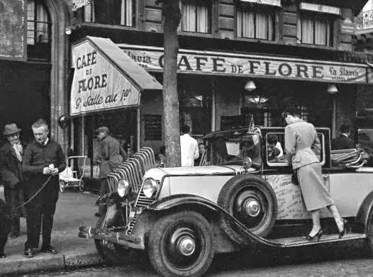Elle Caf Ef Bf Bd Paris