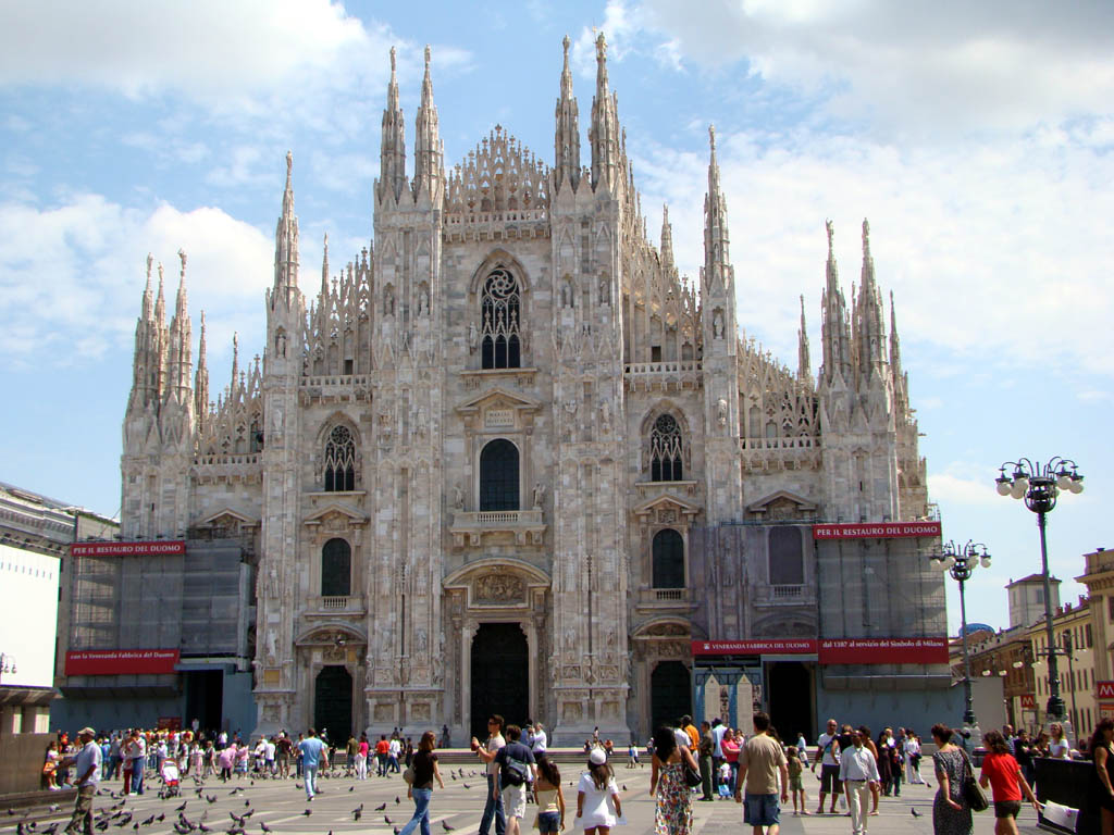 Milan italy travel guide and travel informations for Places to go in milan