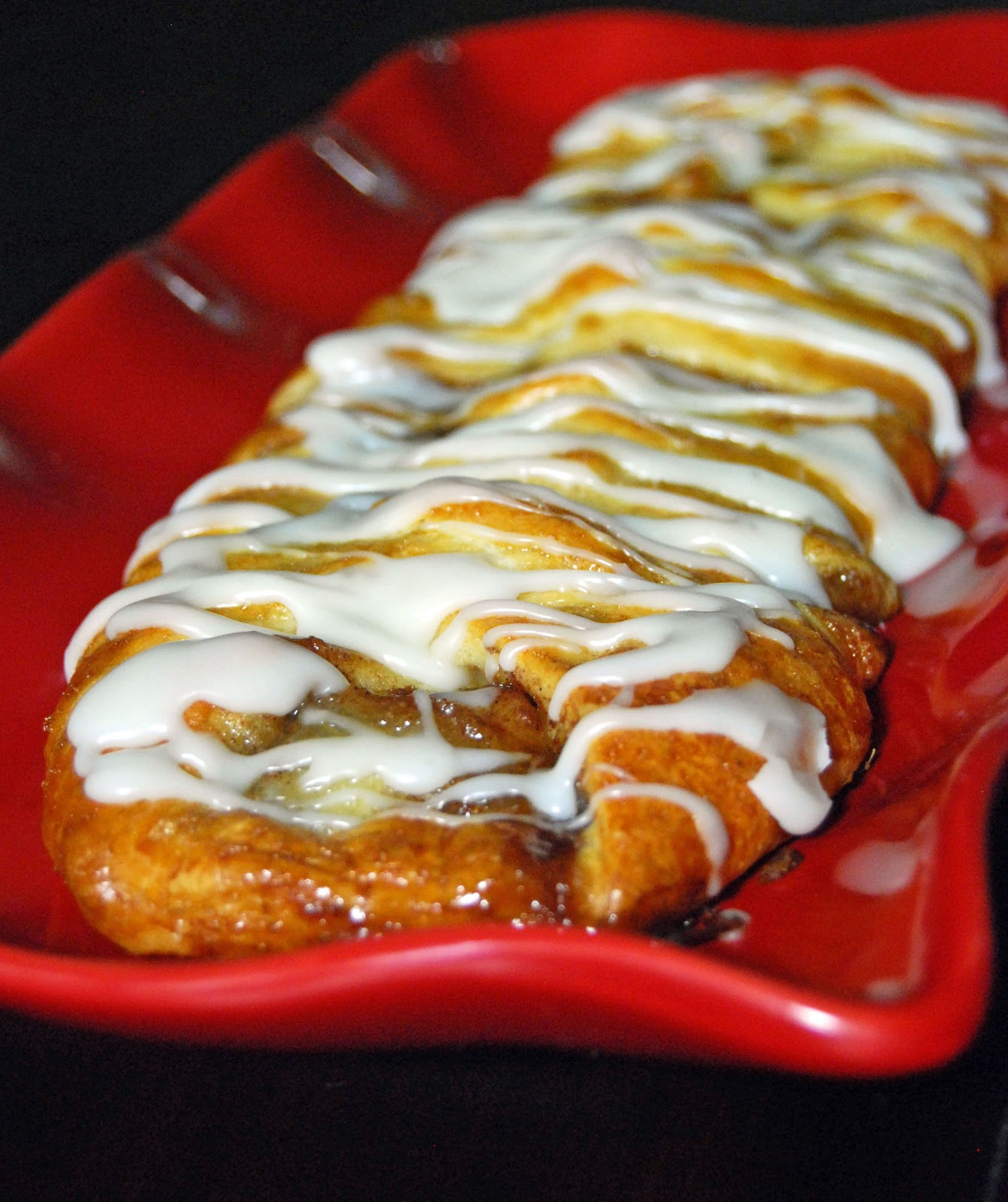 Braided Apple Strudel | Life Tastes Good