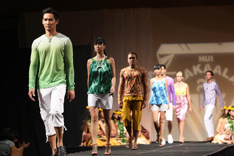 2011 - 2012 | Manhunt - Mister International - Mister Universe Model | Hawaii - USA | Rhonee Rojas Rhonee+1
