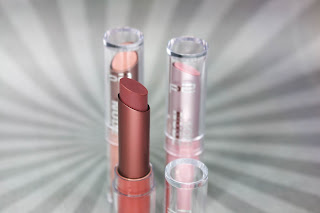 Preview: p2 Limited Edition: Pretty 60's - soft nude lipstick - www.annitschkasblog.de