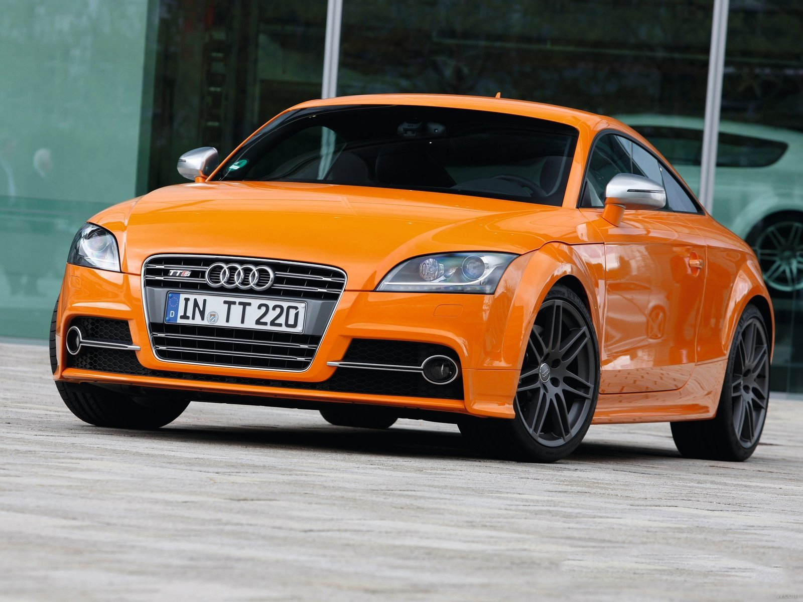 automotive database: audi tt