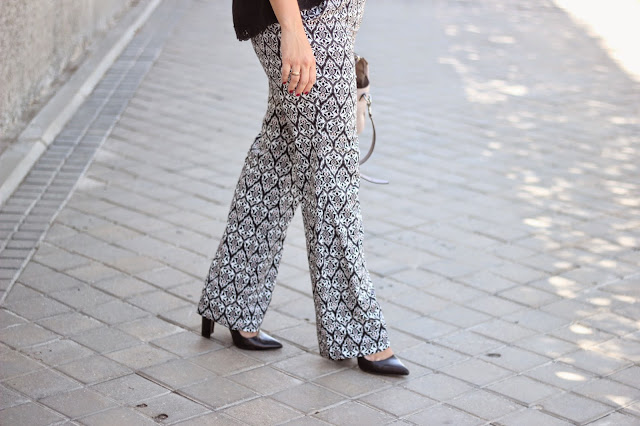 photo-look-outfit-maituins-palazzo_printed-coach-bag