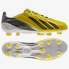tips memilih sepatu sepakbola