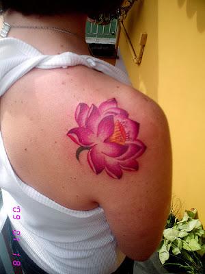 Desenhos de Tatuagens Femininas Rosa