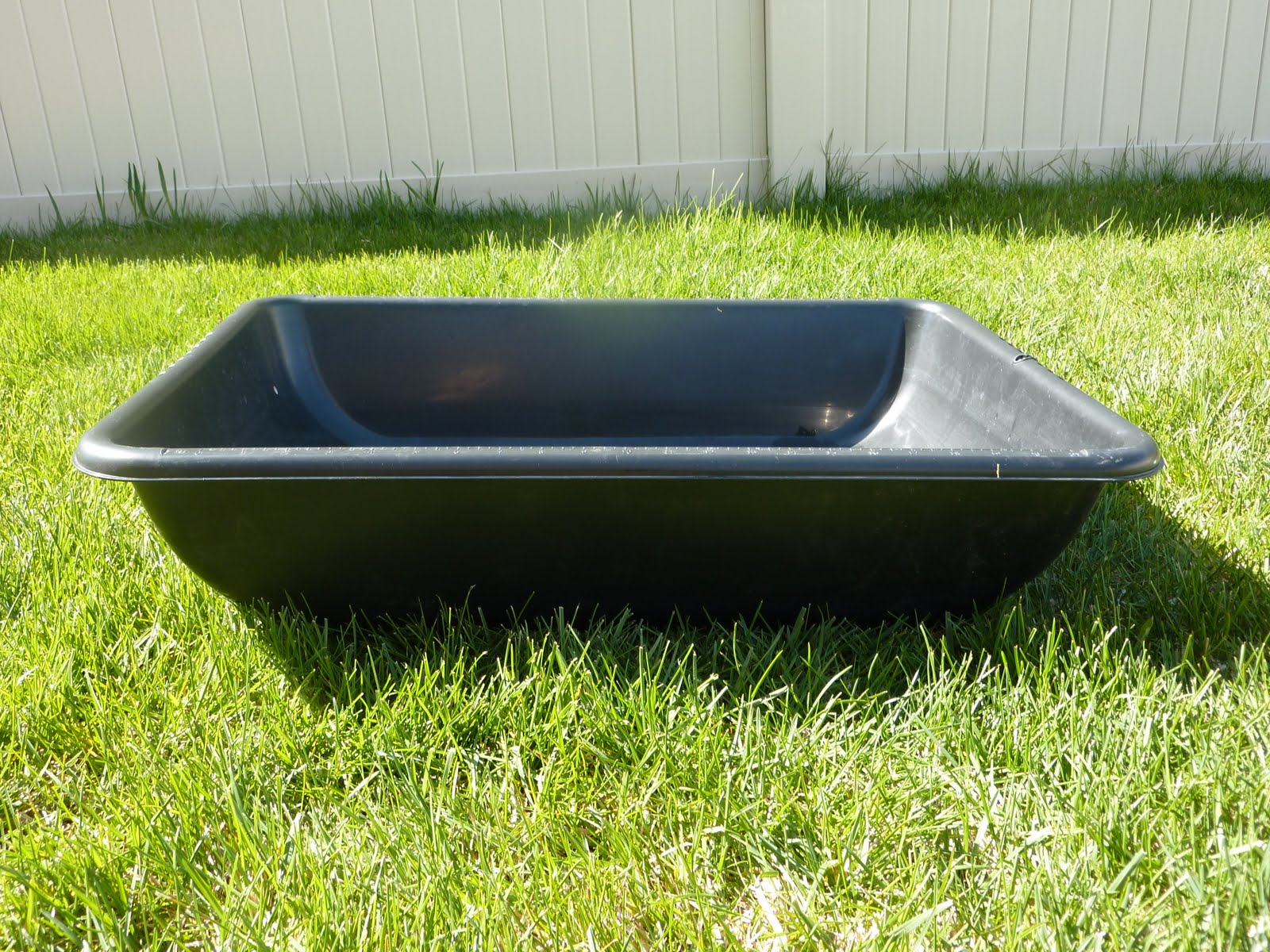Concrete Mixing Tub : The inspiration thief diy water table