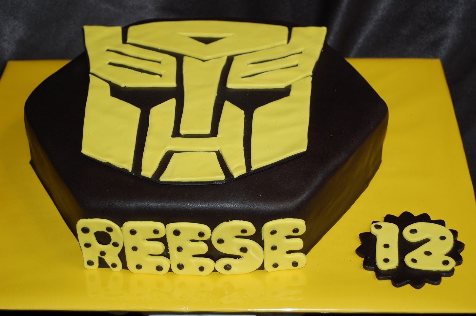 Customised Cakes By Jen Transformers Bumblebee Birthday Cake