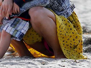 Selena Gomez upskirt candids in Malibu beach 18xUHQ