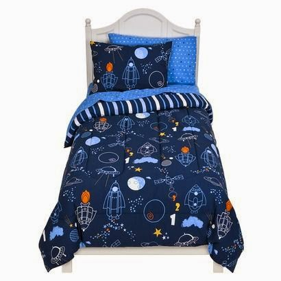 Target Circo boy's twin sized space-themed quilt and pillows