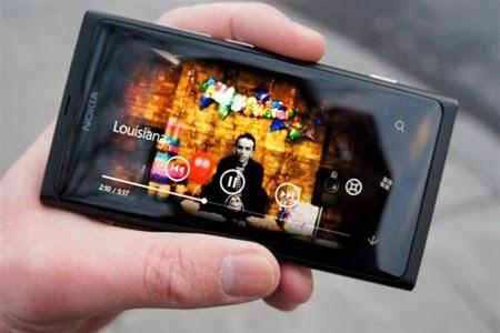 """Как смотреть телеканалы Медиахолдинга """"100%"""" на смартфоне (Divan.tv)"""