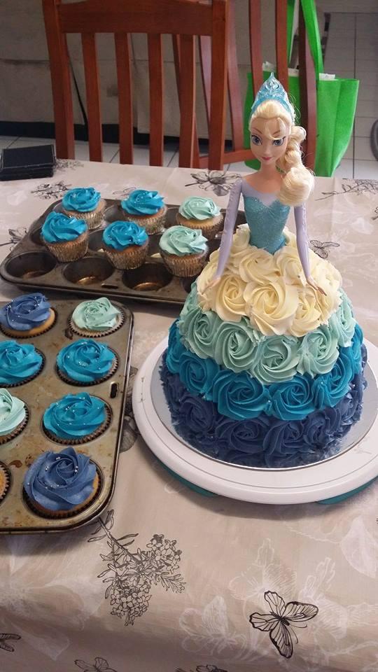 Frozen Elsa Buttercream Roses Varden Cake