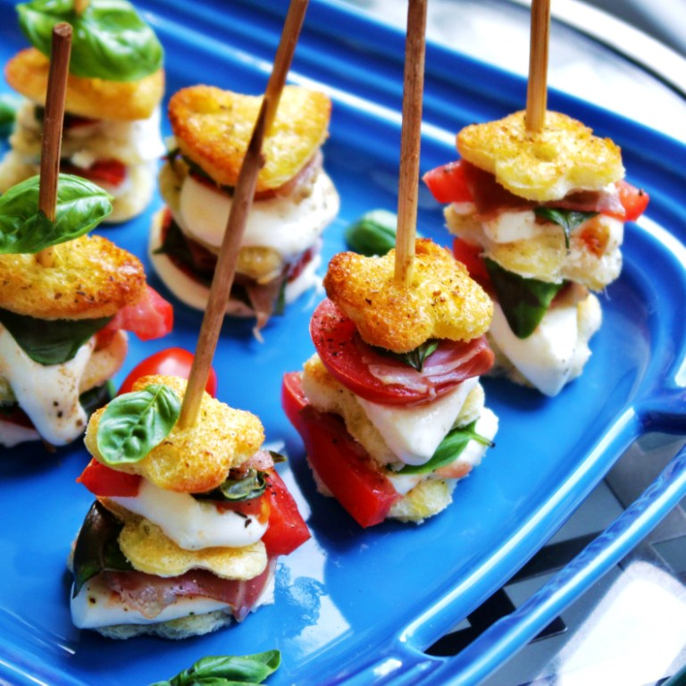 Menu Musings of a Modern American Mom: Mozzarella Caprese Skewers