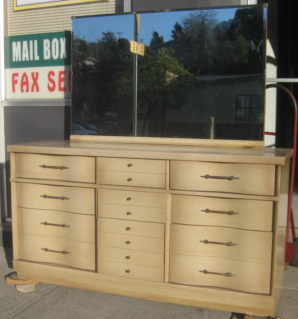 uhuru furniture collectibles sold 39 50s bedroom set 145