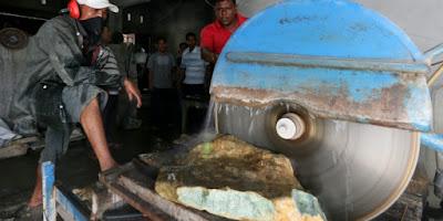 Penemuan Batu Giok Aceh