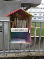 LittleFreeLibrary, une bibliothèque en forme de maison, à Dijon