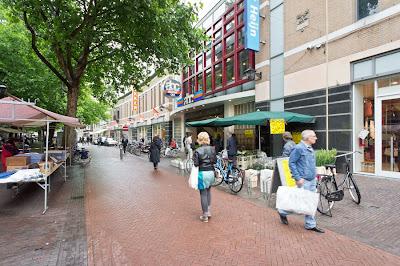 Winkelen in Emmen: De Lange Kerkstraat