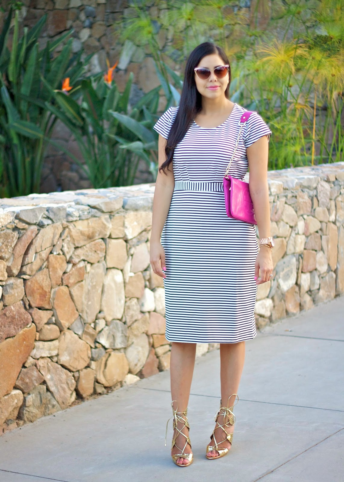 Striped midi dress with hot pink purse, san diego fashion blogger, san diego style, fashion week san diego, fwsd