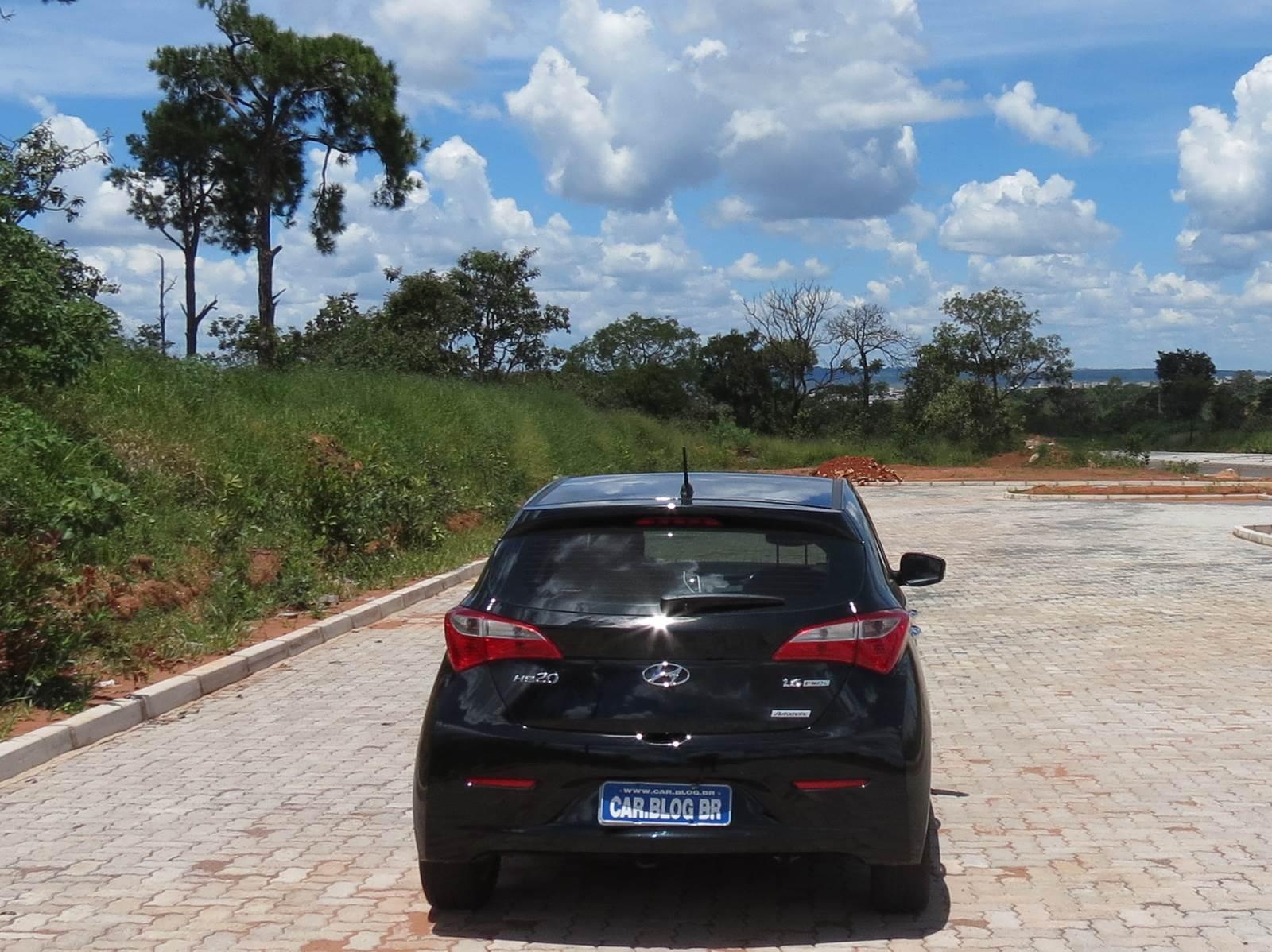 Hyundai HB20 2015 - traseira