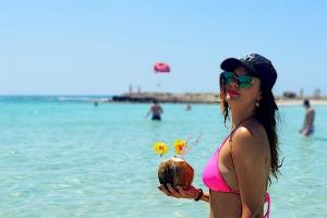 NISSI BEACH - HOLIDAY 2016