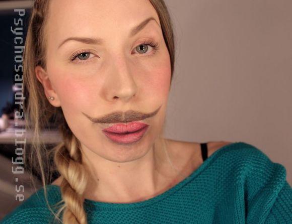 Sandra Holmbom auto-maquiagens criativas e bizarras Like a sir