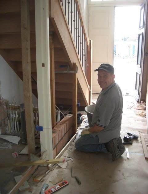 Vlierdenseweg 190 wc onder de trap muren optrekken - Muur wc ...