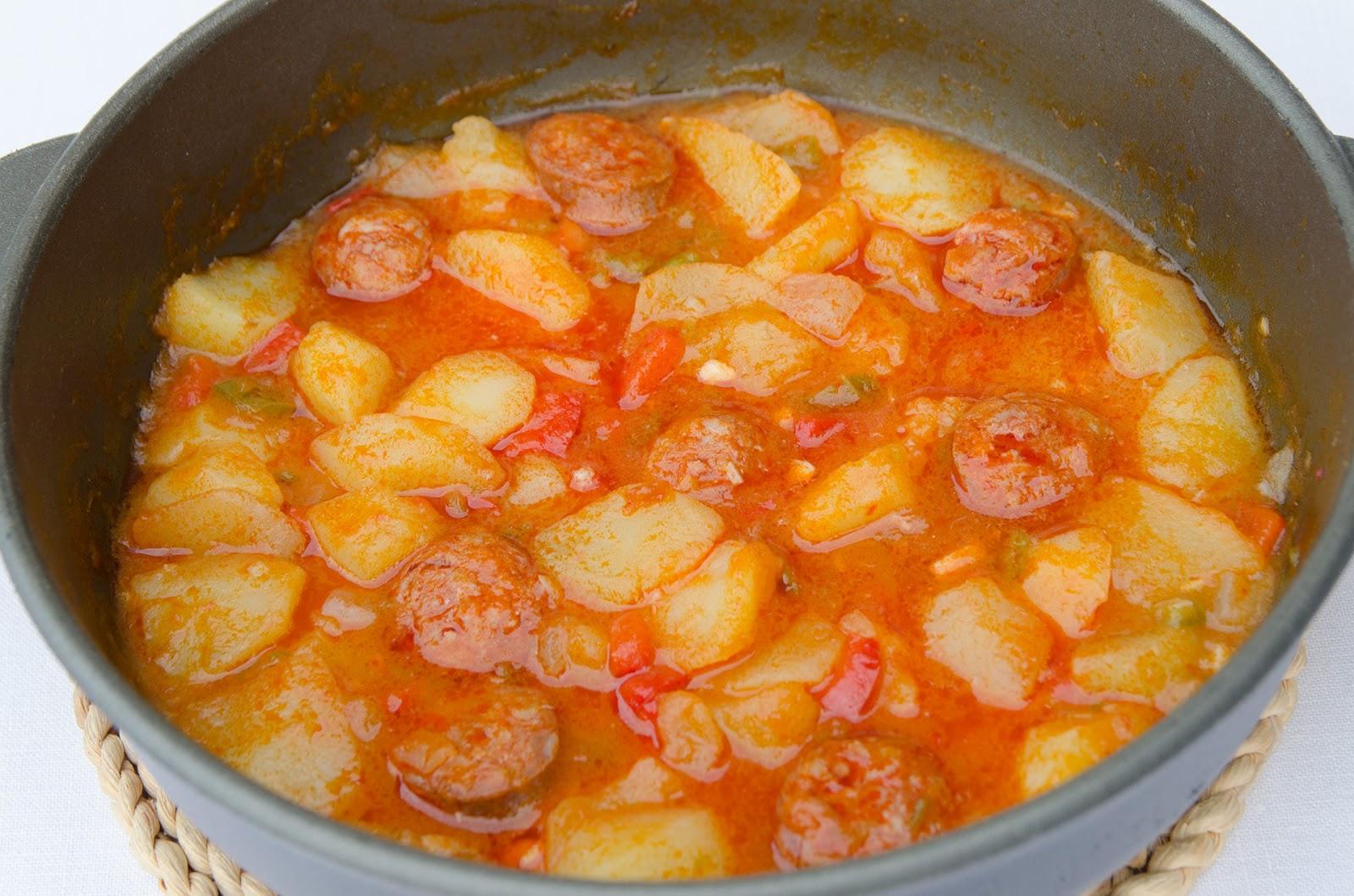 patatas-a-la-riojana-receta-casera-tradicional-bruja