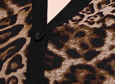 Blusa Manga Larga, Cuello V de Tela Tipo Leopardo
