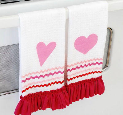 Праздничные полотенца своими руками