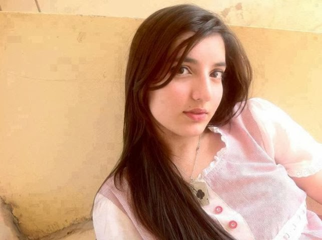 Pakistani+Beautiful+Girls+New+Photos007