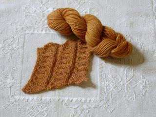 Lana islandese tinta naturalmente, colore 03 ocra-arancio
