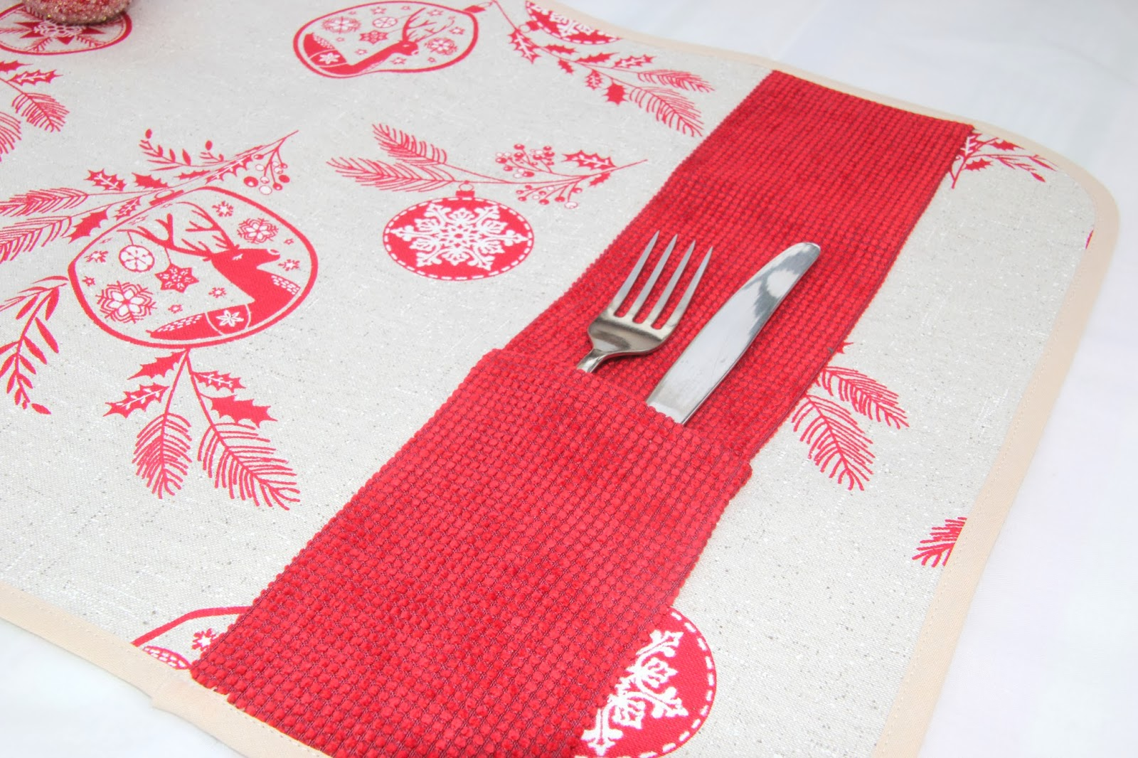 Navidadf cil diy c mo hacer un mantel individual - Como hacer motivos navidenos ...