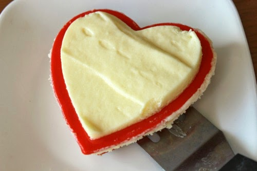 heart spatula Individual Cheesecake Hearts Recipe