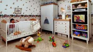 Boks Bayi yang Nyaman Bagi Si Kecil