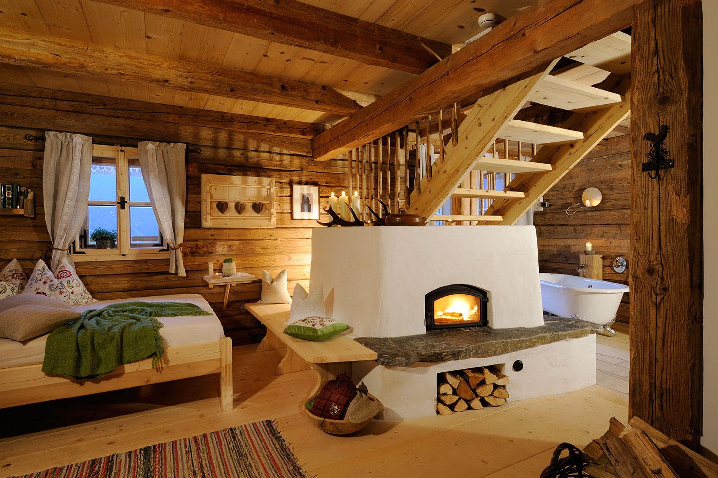 uriges wohnzimmer:Barn Style Home Interiors