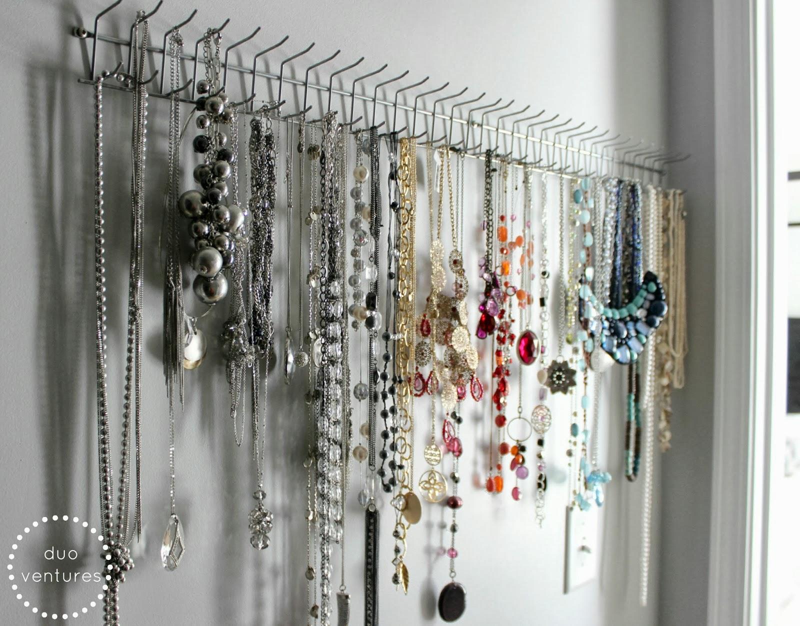 Duo Ventures Organizing Jewelry