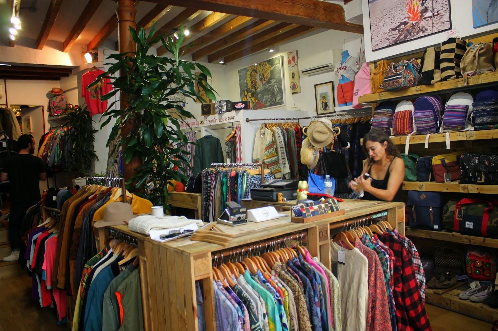 Comprar mobiliario para tienda de ropa segunda mano - Mercadillo de segunda mano barcelona ...