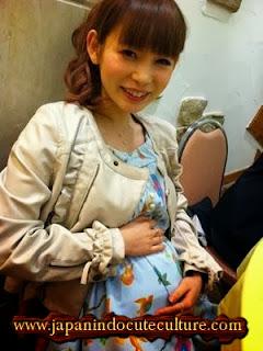 Mitos dan tradisi kehamilan di Jepang