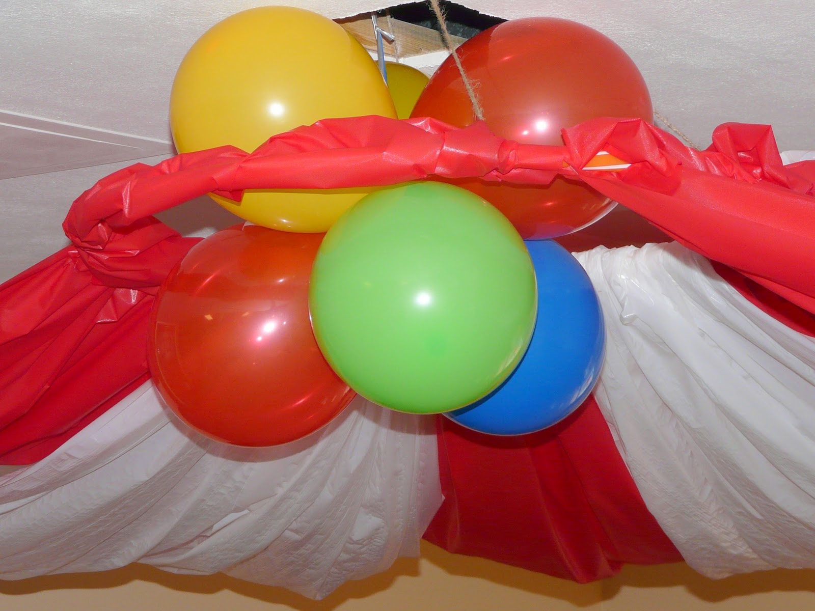 Party Plastic Table Cloth Ideas On Pinterest Plastic