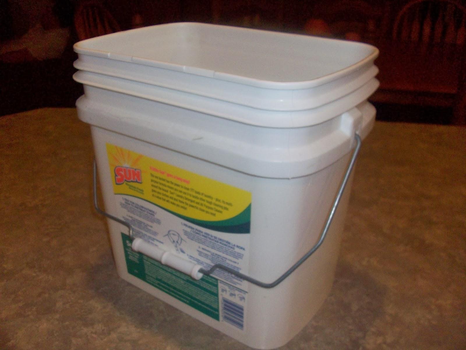 BigFamiliesBigIdeas 101 Ways to Reuse Your Empty Laundry Soap