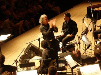 """Ο Omar Faruk Tekbilek και οι """" Περιστρεφόμενοι Δερβίσηδες """" στο Μέγαρο Μουσικής Αθηνών ."""