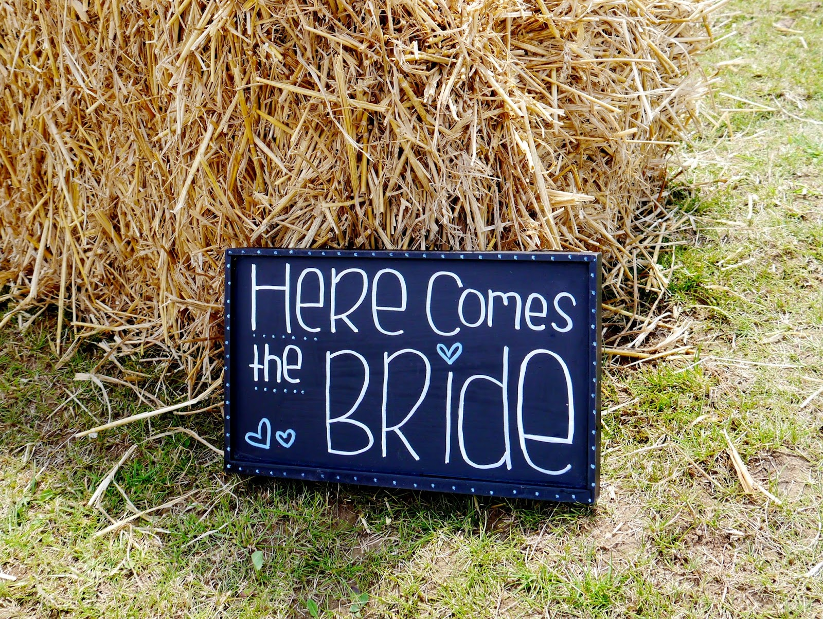bohemian rustic country wedding photo