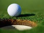 Se conoce que los agujeros de la bala de golf mejoran sus prestaciones.